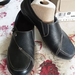 Clarks comfort shoes